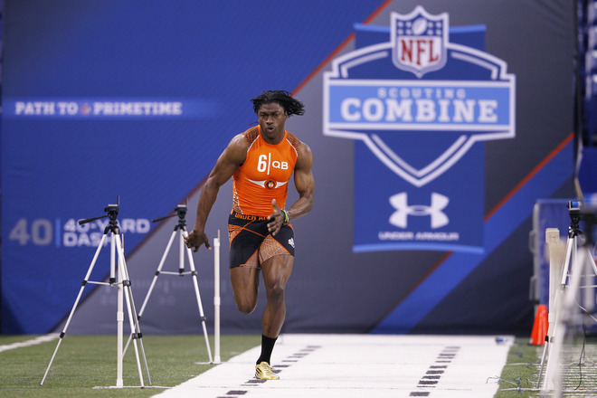 Robert Griffin III Runs Impressive 40 at NFL Combine in adidas adiZero 5-Star Cleats (2)