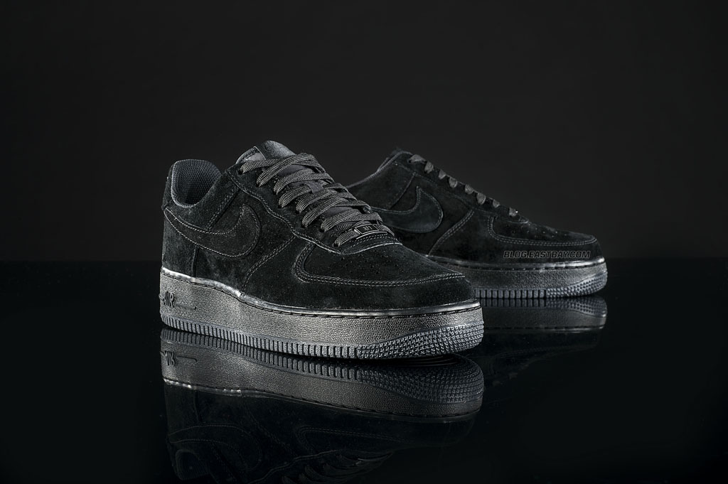 sports shoes 16de2 cd359 Nike Air Force 1 Low  Triple Black  (1)