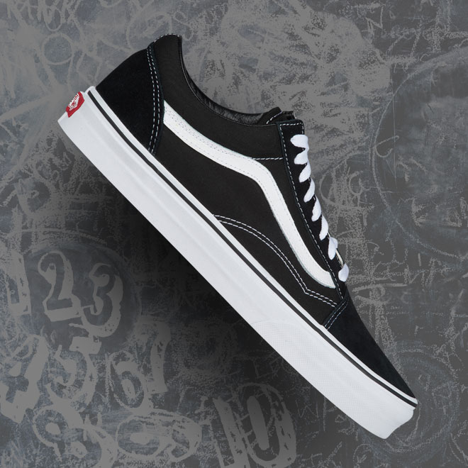 Men's Vans Old Skool -- Black and White
