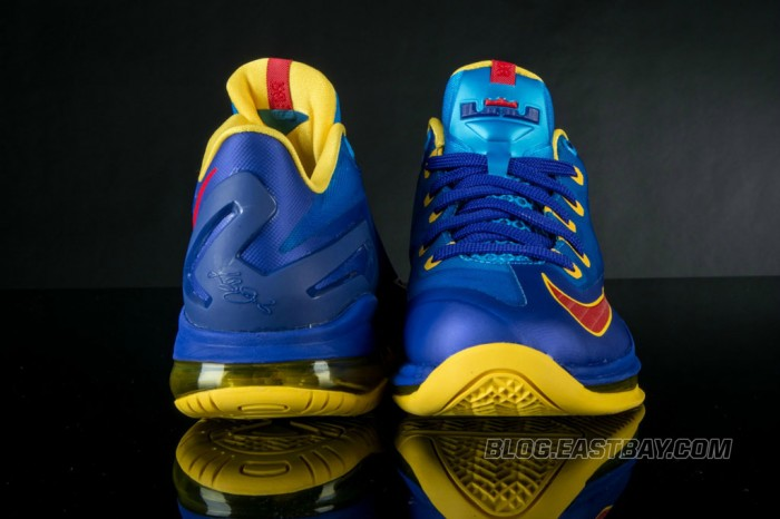 Nike LeBron XI 11 Low Superman (3)