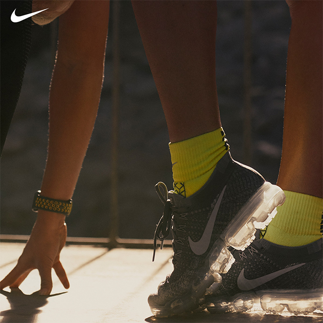 Innovative Strides: Performance Meets Style in the Nike Air VaporMax Flyknit